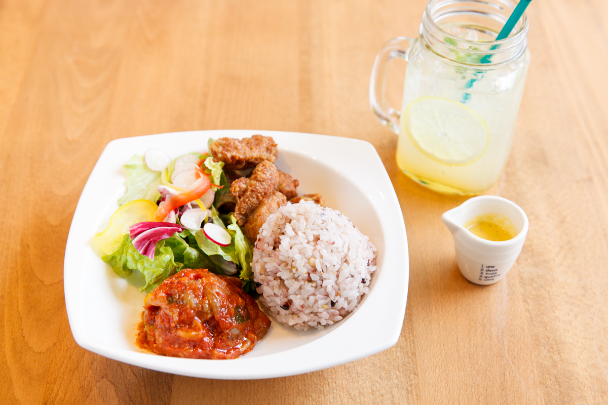 Sekai Cafe Oshiage