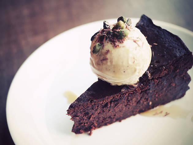 best restaurants in london bridge, bermondsey yard cafe