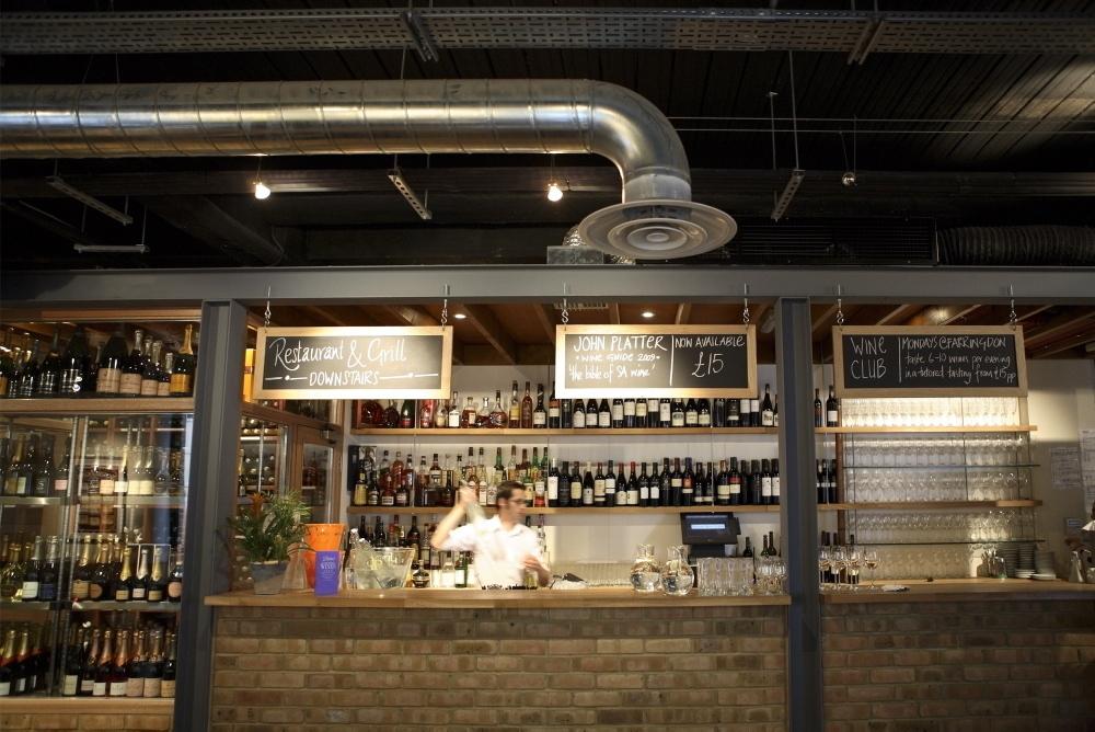 best restaurants in London Bridge, vivat bacchus