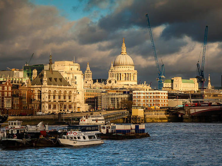 Private photography tour from Southwark Cathedral to St Paul's
