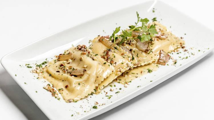 Ravioli de gorgonzola e pêra do La Pasta Fresca