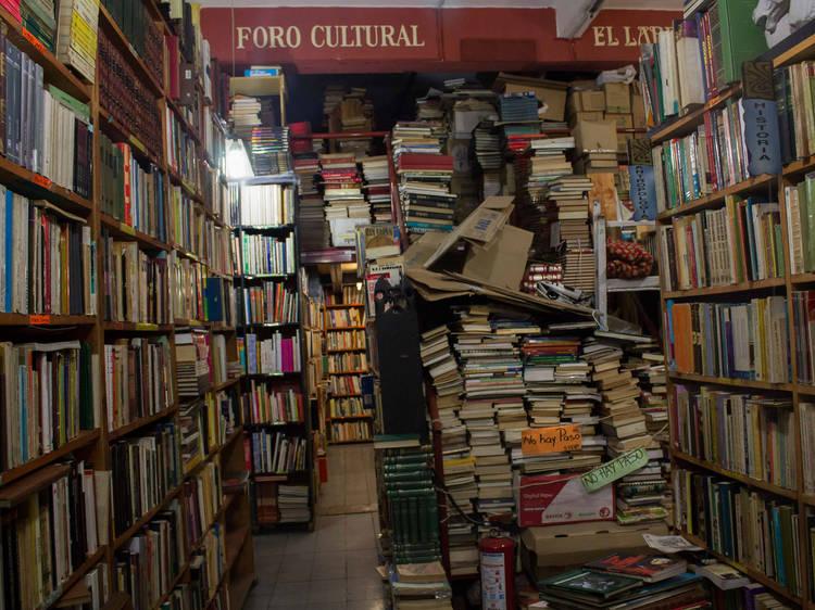 Encontrar una joya literaria en la Librería El Laberinto