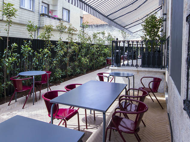 Great alfresco restaurants in Porto