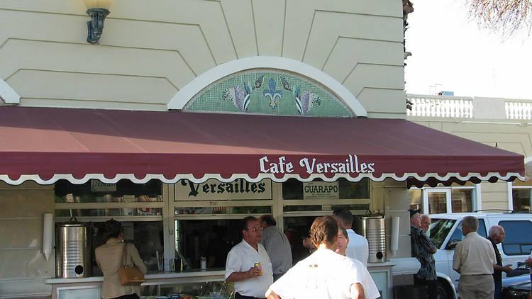 Versailles Ventanita