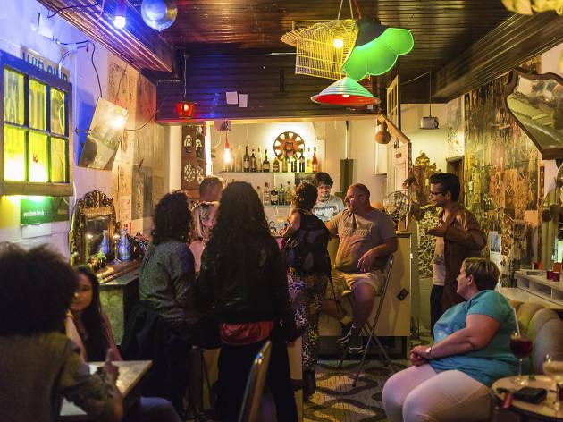 Os novos bares em Lisboa que tem mesmo de conhecer