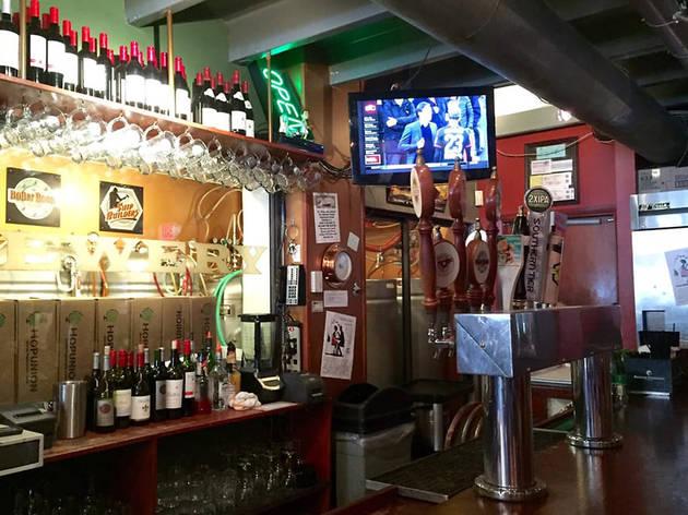 Titanic Restaurant & Brewery