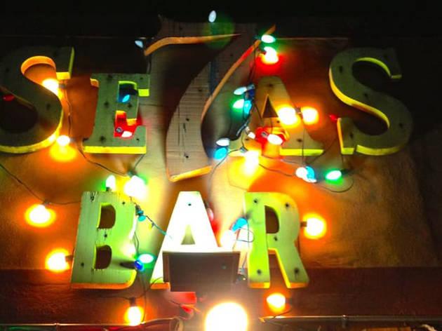 Seven Seas Bar