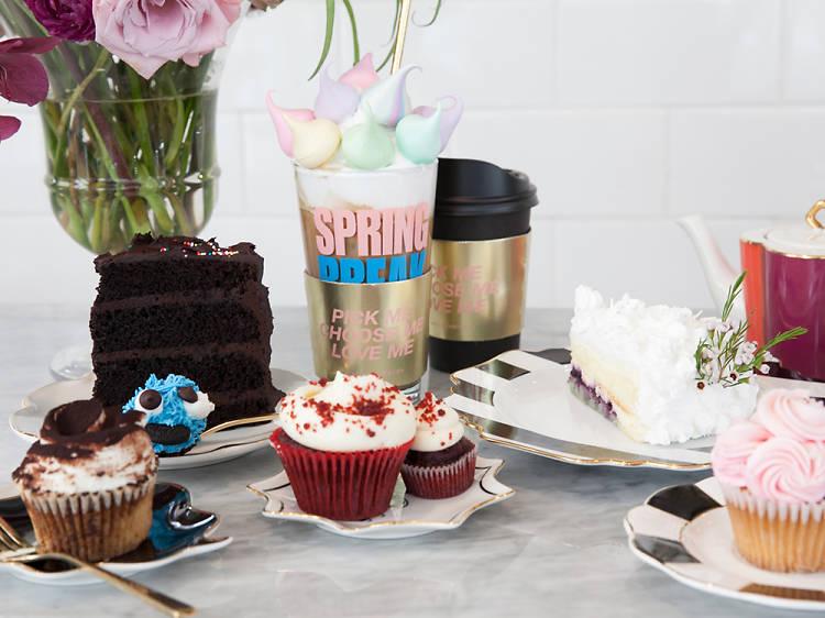 꽃도 팔고, 케이크도 팔고. 크림필즈 케이크&플라워
