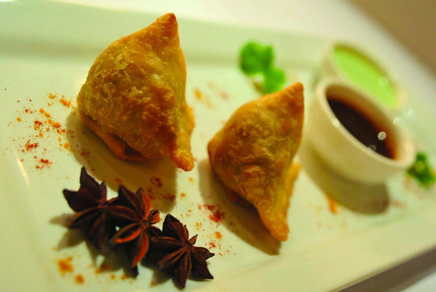 tulsi and wine samosas