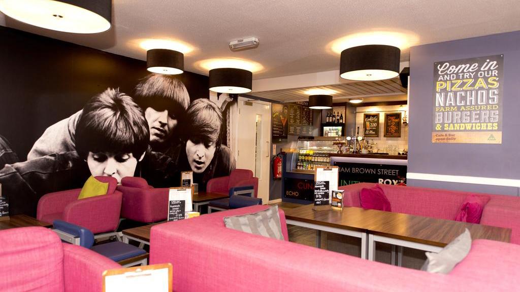 Cheap Hotels - Liverpool - YHA Liverpool