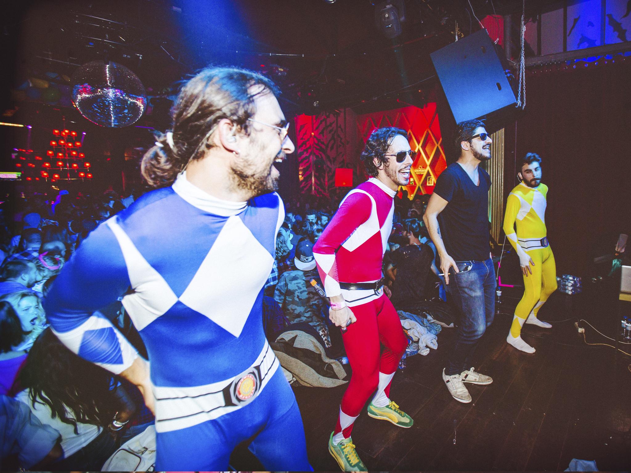 Power Rangers e Santa Manel