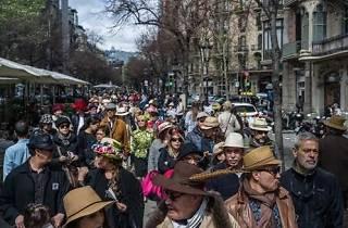 13th Passejada amb Barret (Stroll with a Hat)