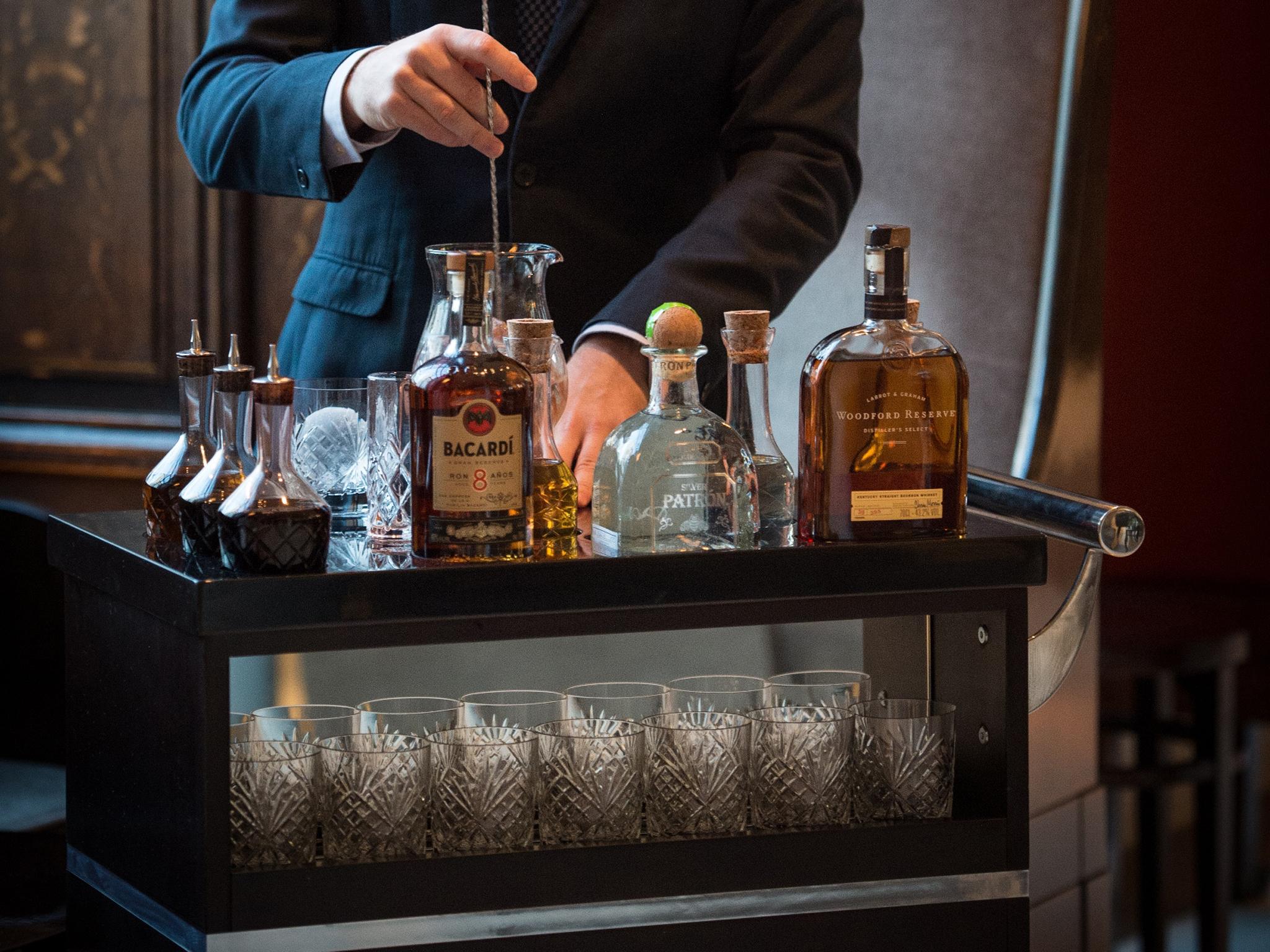 london's best booze trolleys, lobby bar old fashioned trolley