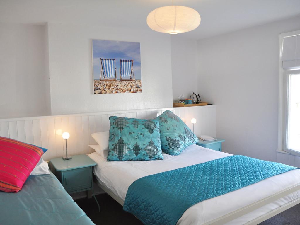 The best cheap hotels in Brighton, Motel Schmotel