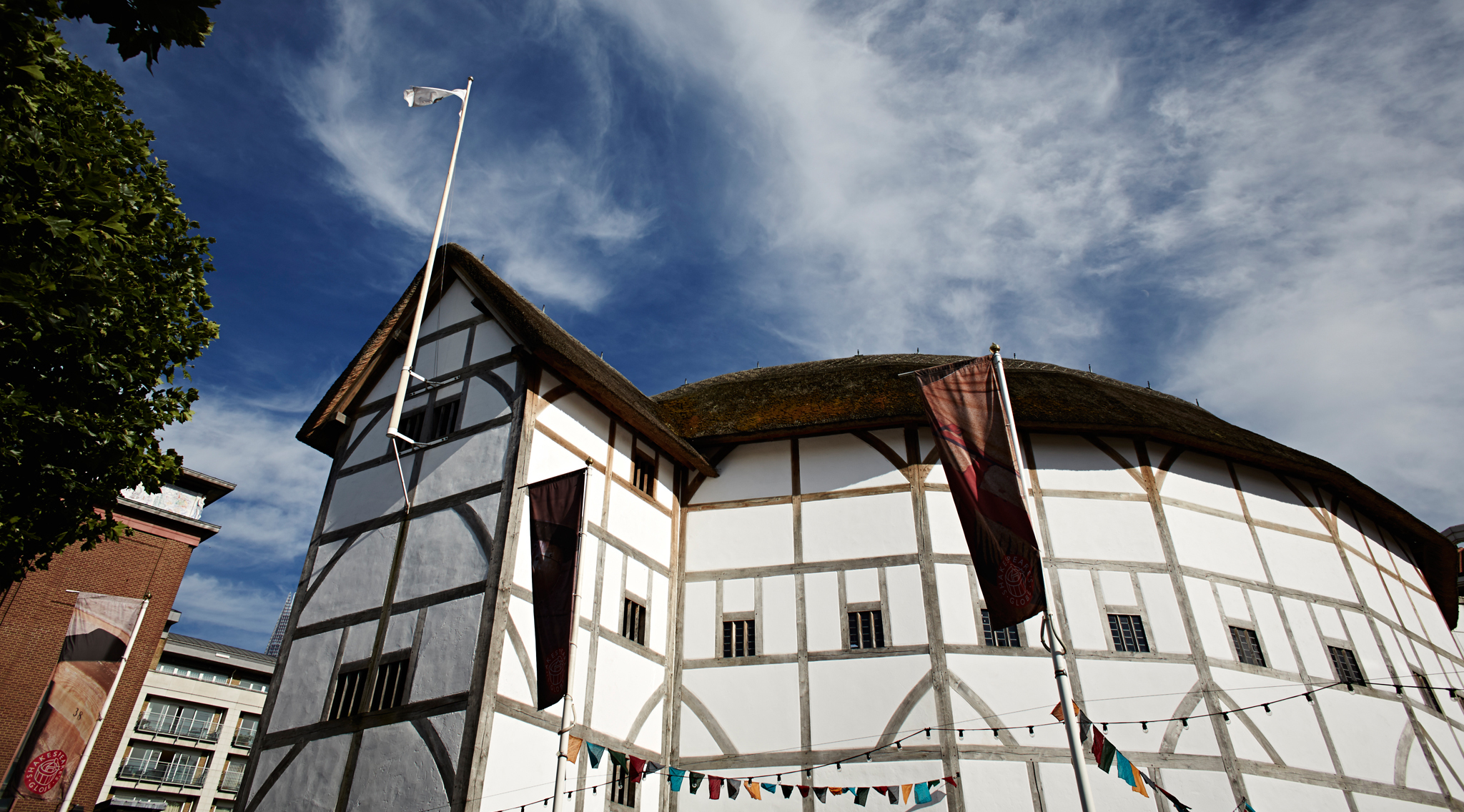 Watch a Midnight Matinee at Shakespeare's Globe