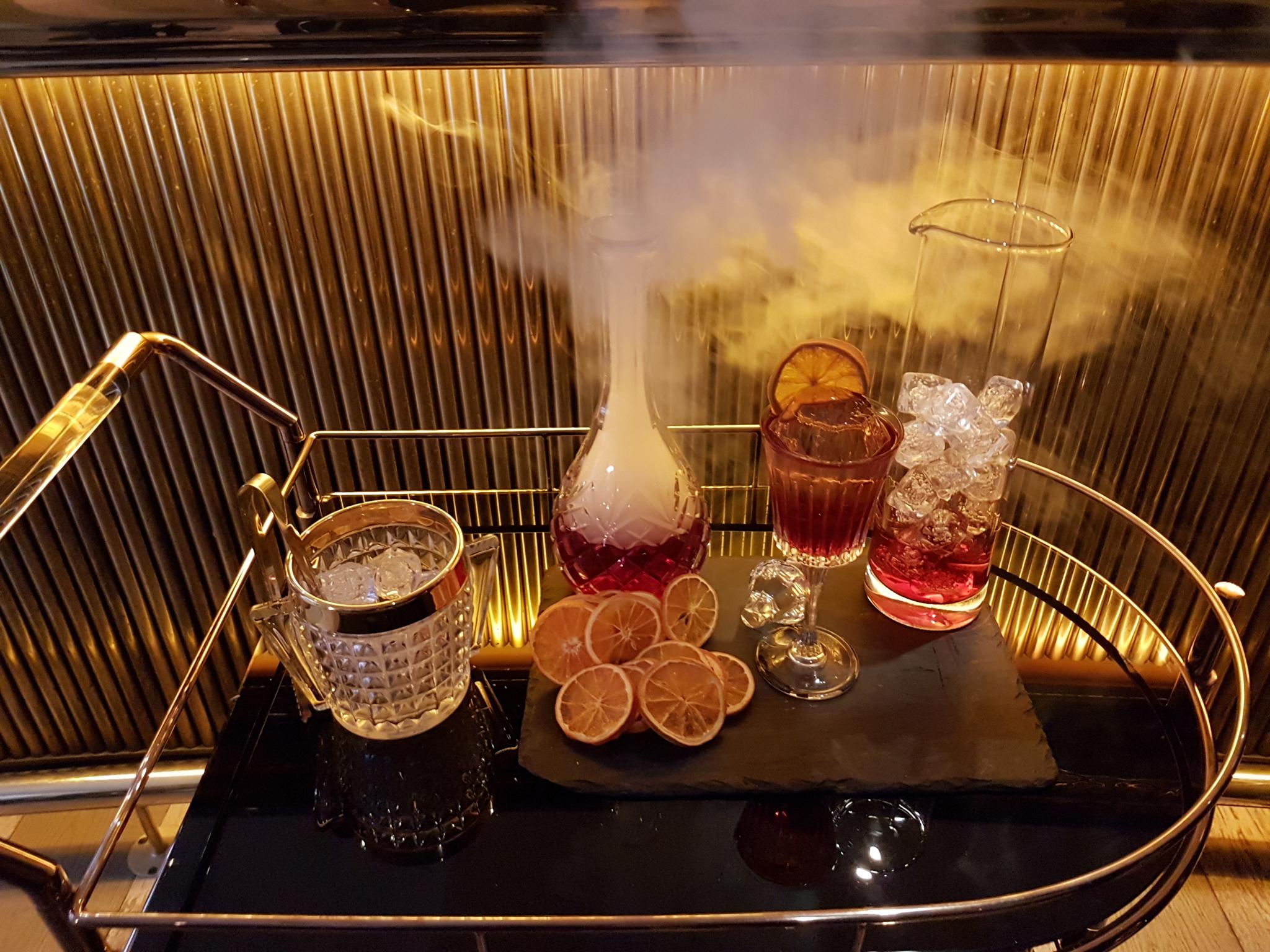 london's best booze trollies, cartizze bar, negroni trolley