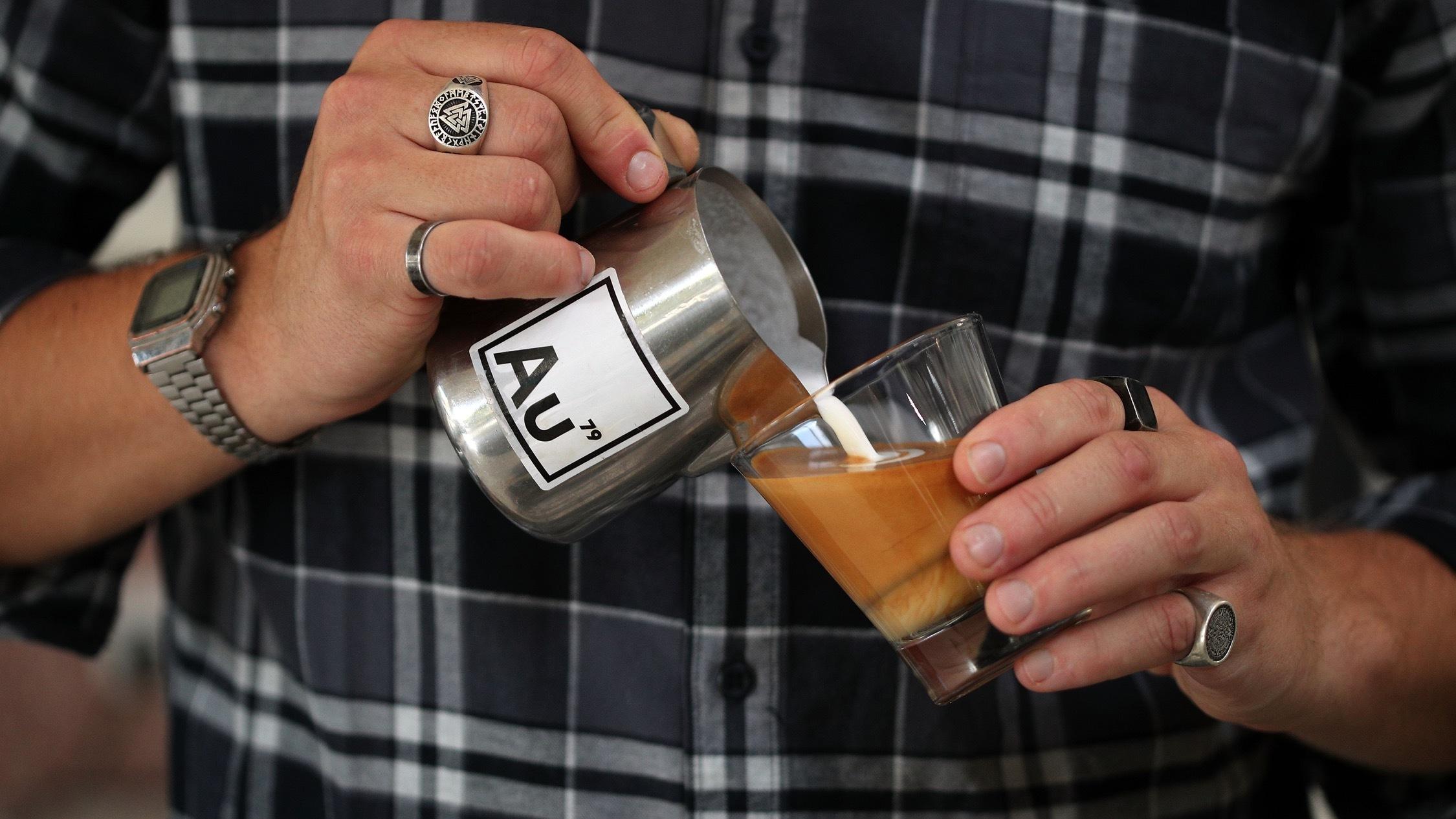 Coffee pour at AU79
