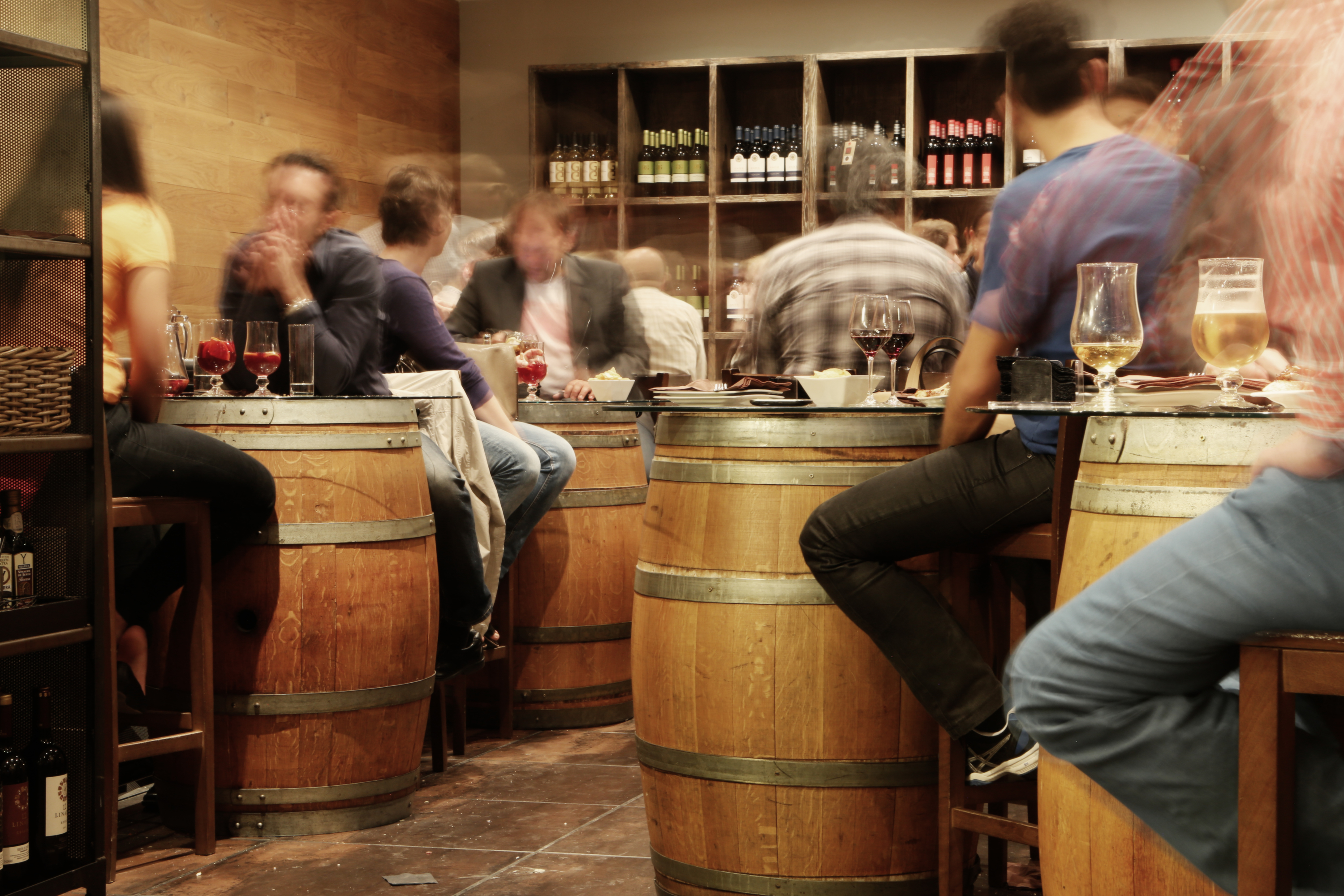 47 really cheap places to drink in Paris