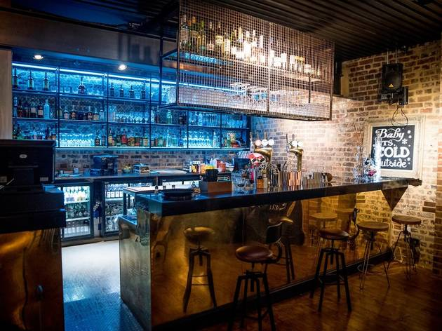 Royal Standard Cocktail Bar & Restaurant