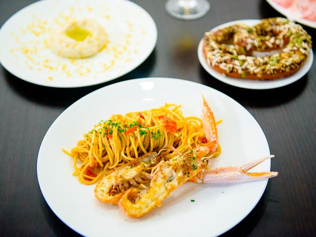 シドニー発の人気レストラン、フラテリパラディソが表参道にオープン