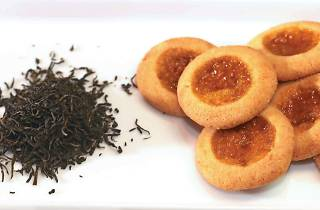 Delicacies flavoured with tea