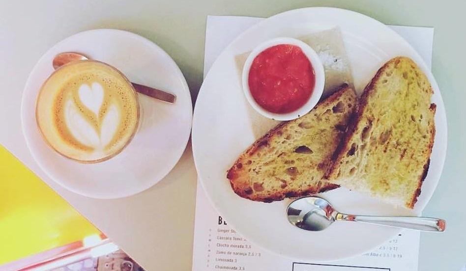 Toma Café