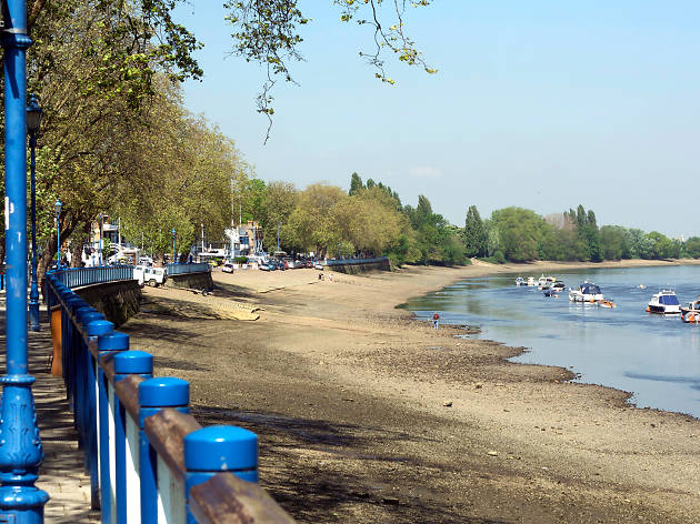 Best bike rides in London: Thames Path Putney