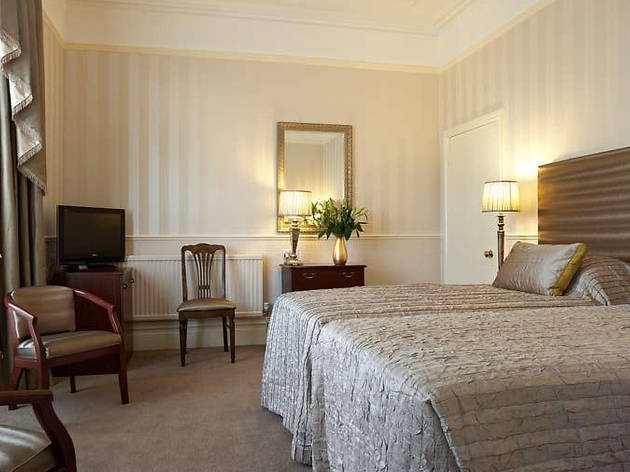Best Hotels - Cardiff - Lincoln House Private Hotel