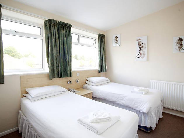 Cheap Hotels - Newcastle - Dene Hotel