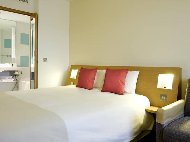 Cheap Hotels - Newcastle - Novotel Airport