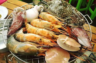 Monrak Buffet Seafood