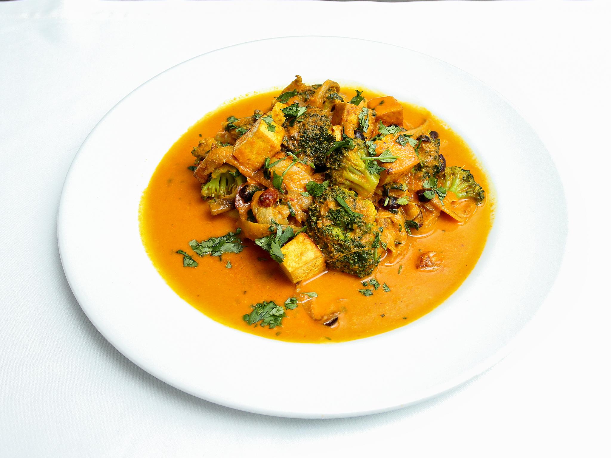 Os 12 melhores restaurantes vegetarianos no Porto