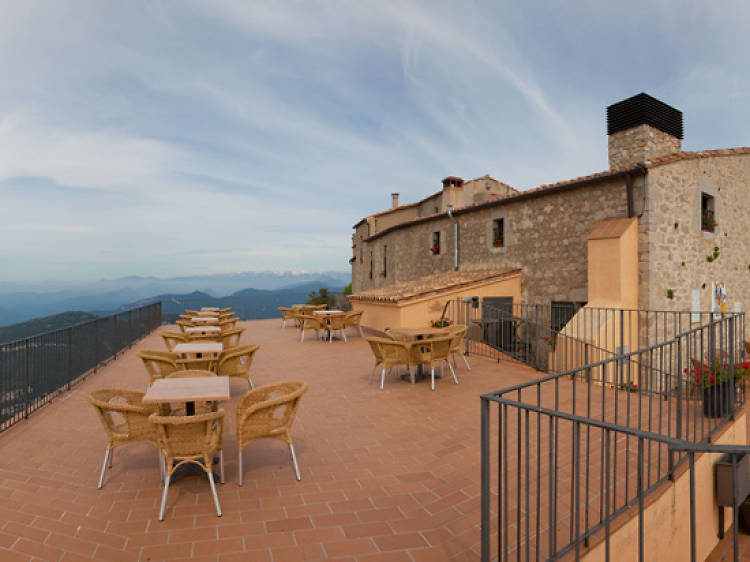 El Bar del Santuari Mare de Déu del Mont