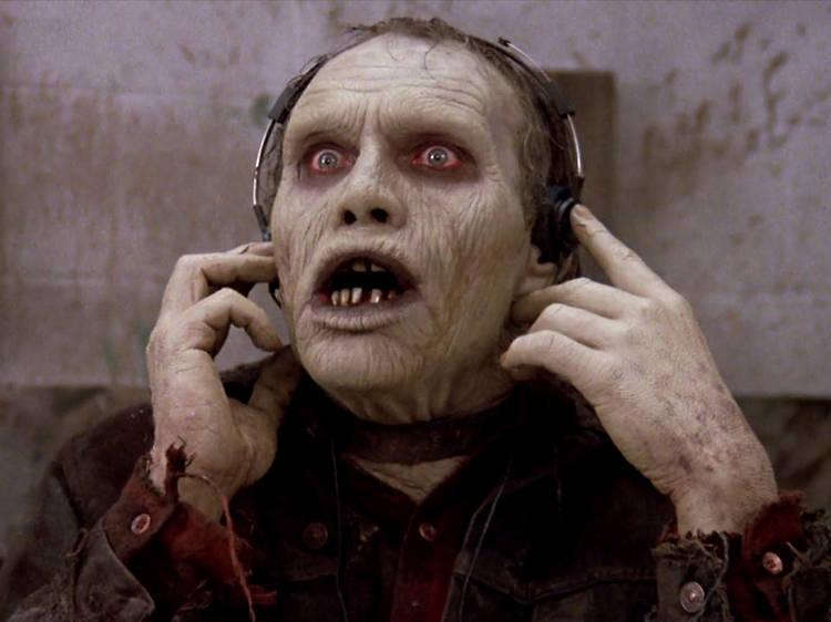 Zombie descubriendo el Walkman