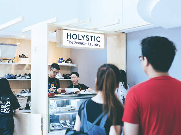 Holystic Sneaker Laundry