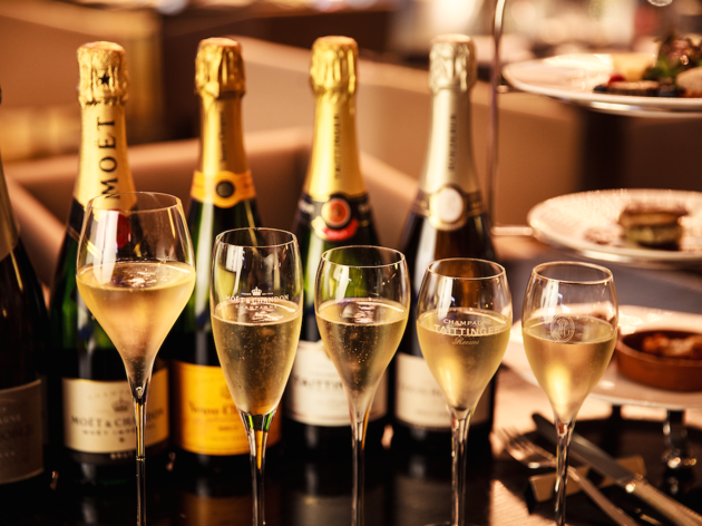 ANA InterContinental: Champagne Social