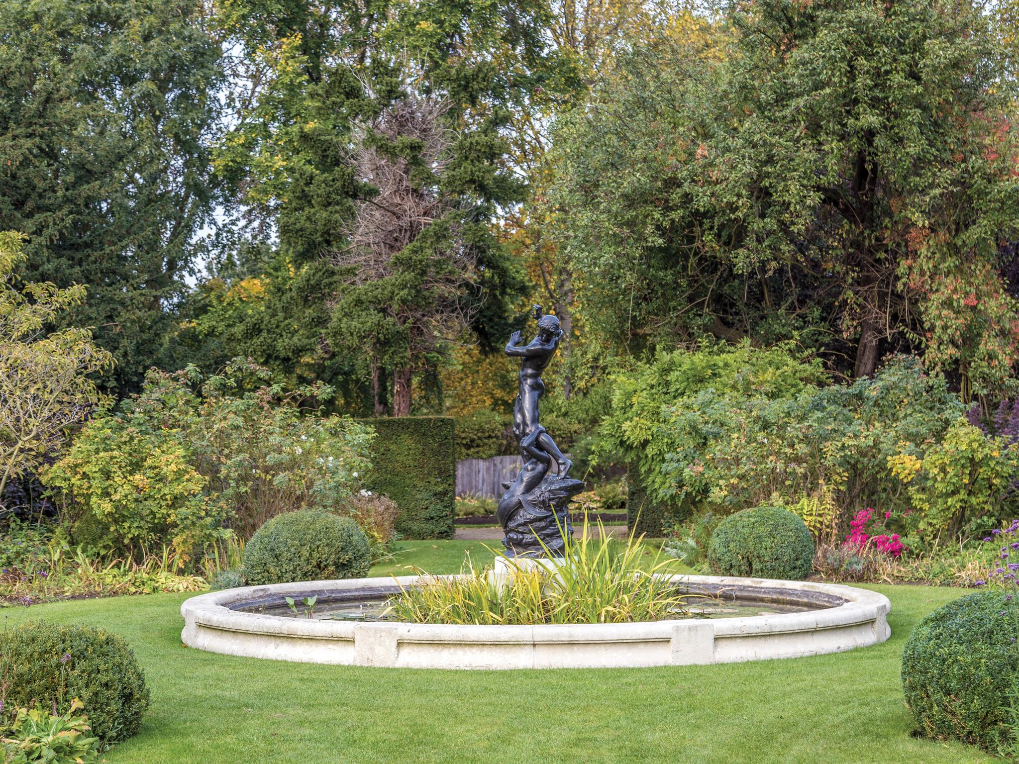 St John's Lodge Gardens