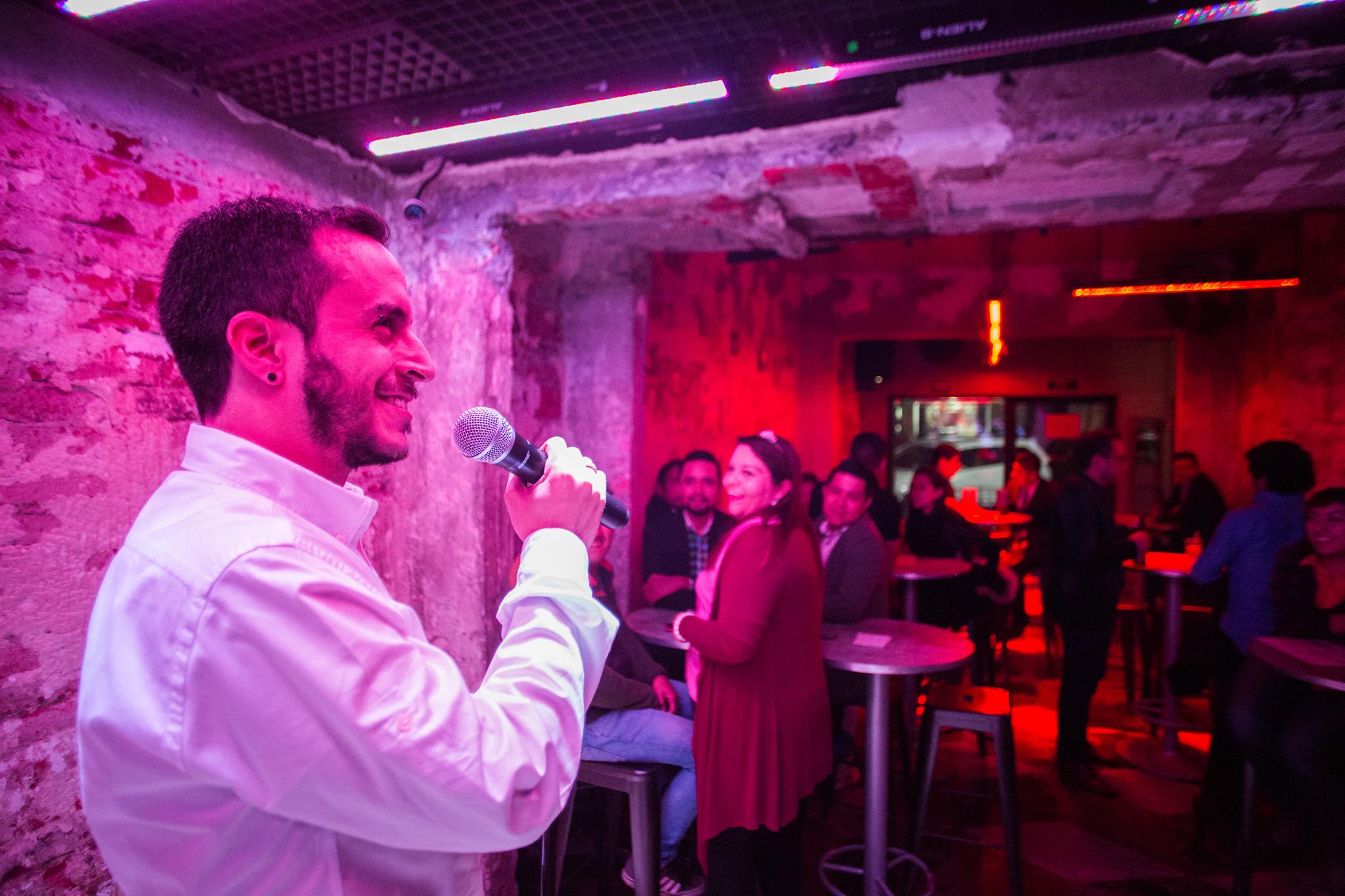 10 karaokes y cantabares LGBTTTI en la CDMX