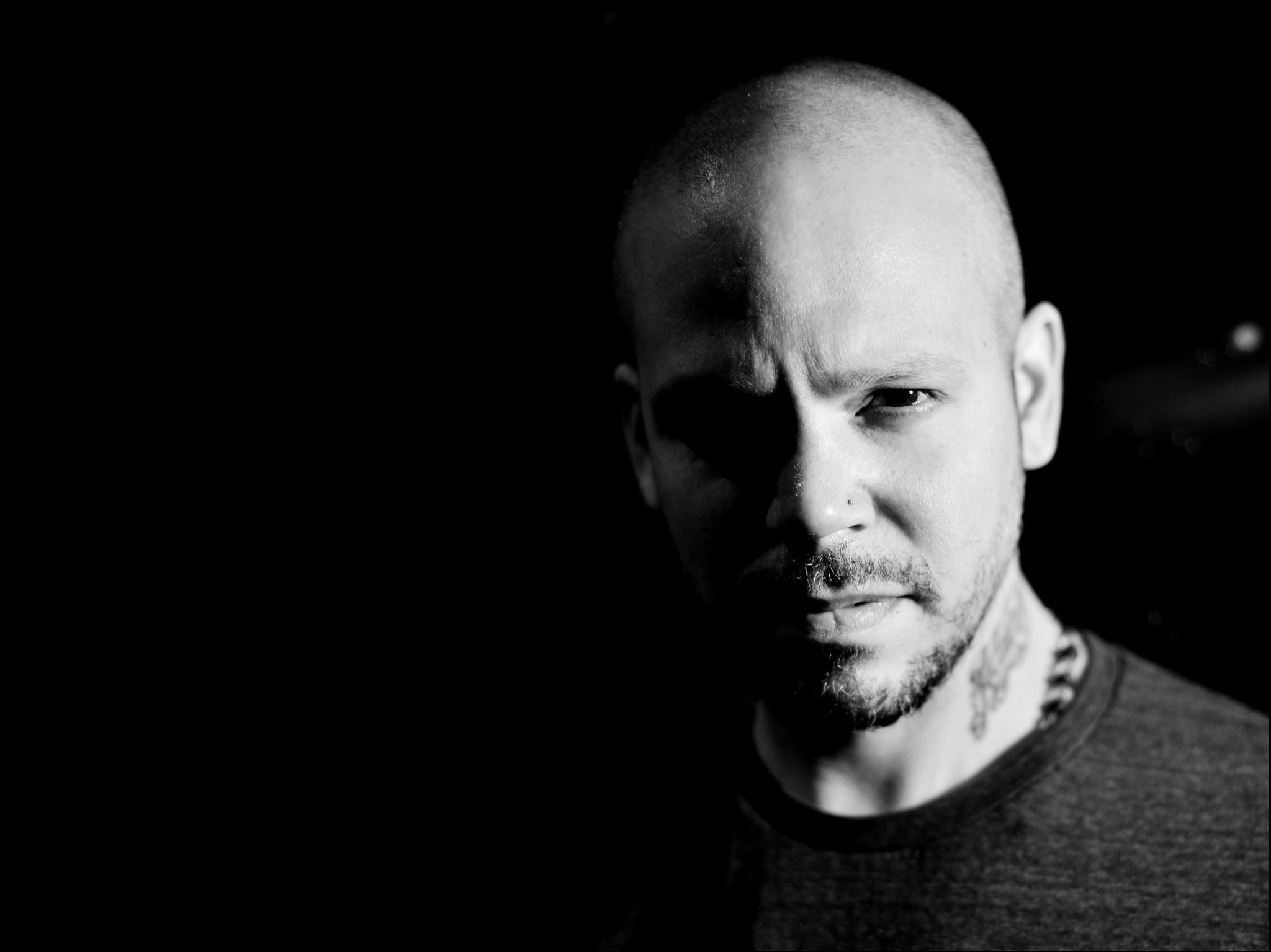Residente presenta su primer disco como solista y un documental
