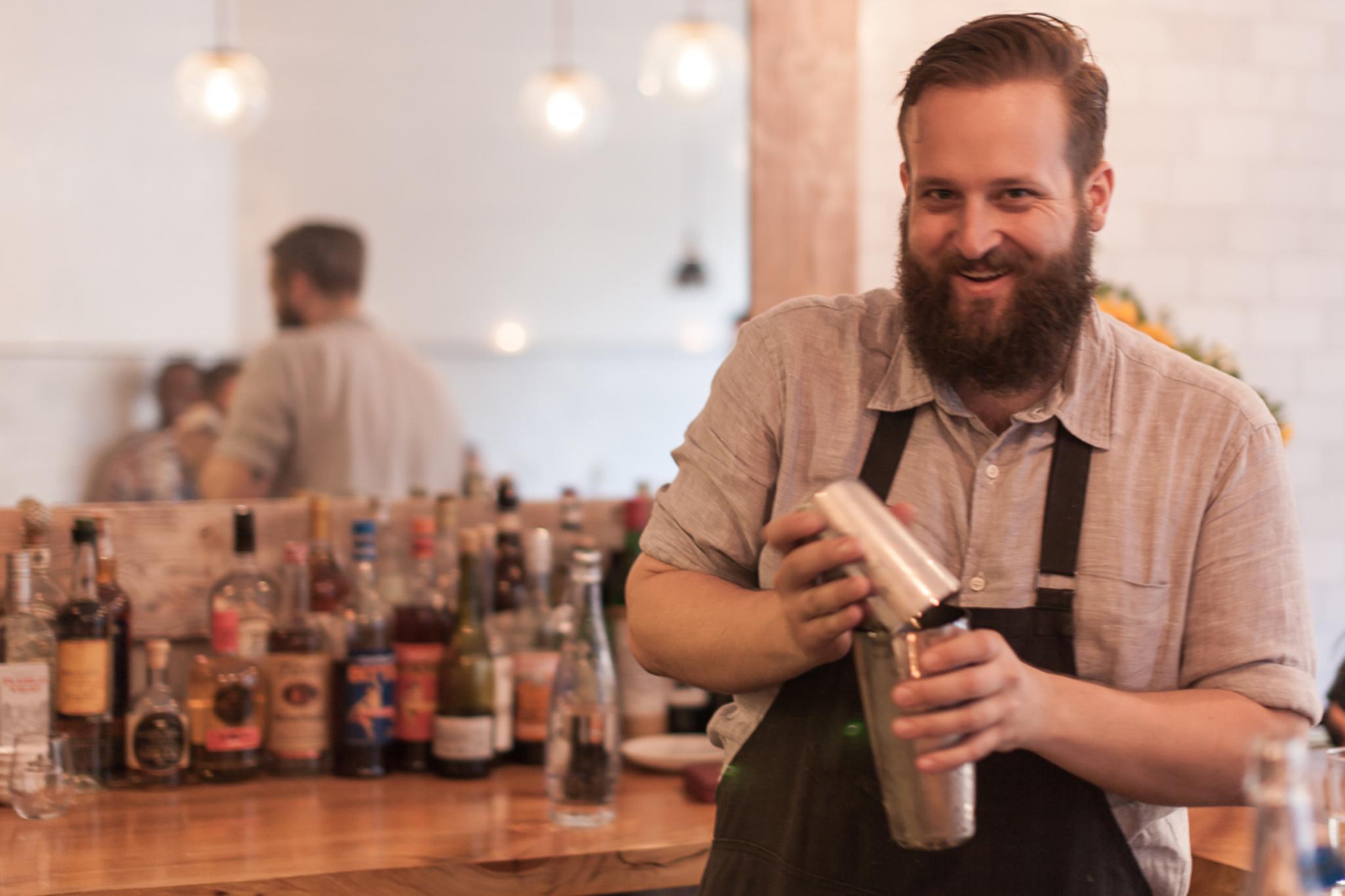 Billy Nichols, Head bartender, Faun