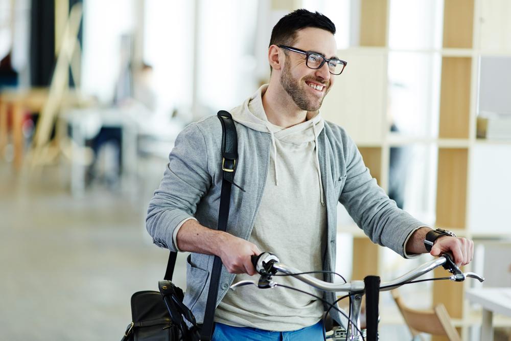 10 raons per anar en bici a la feina