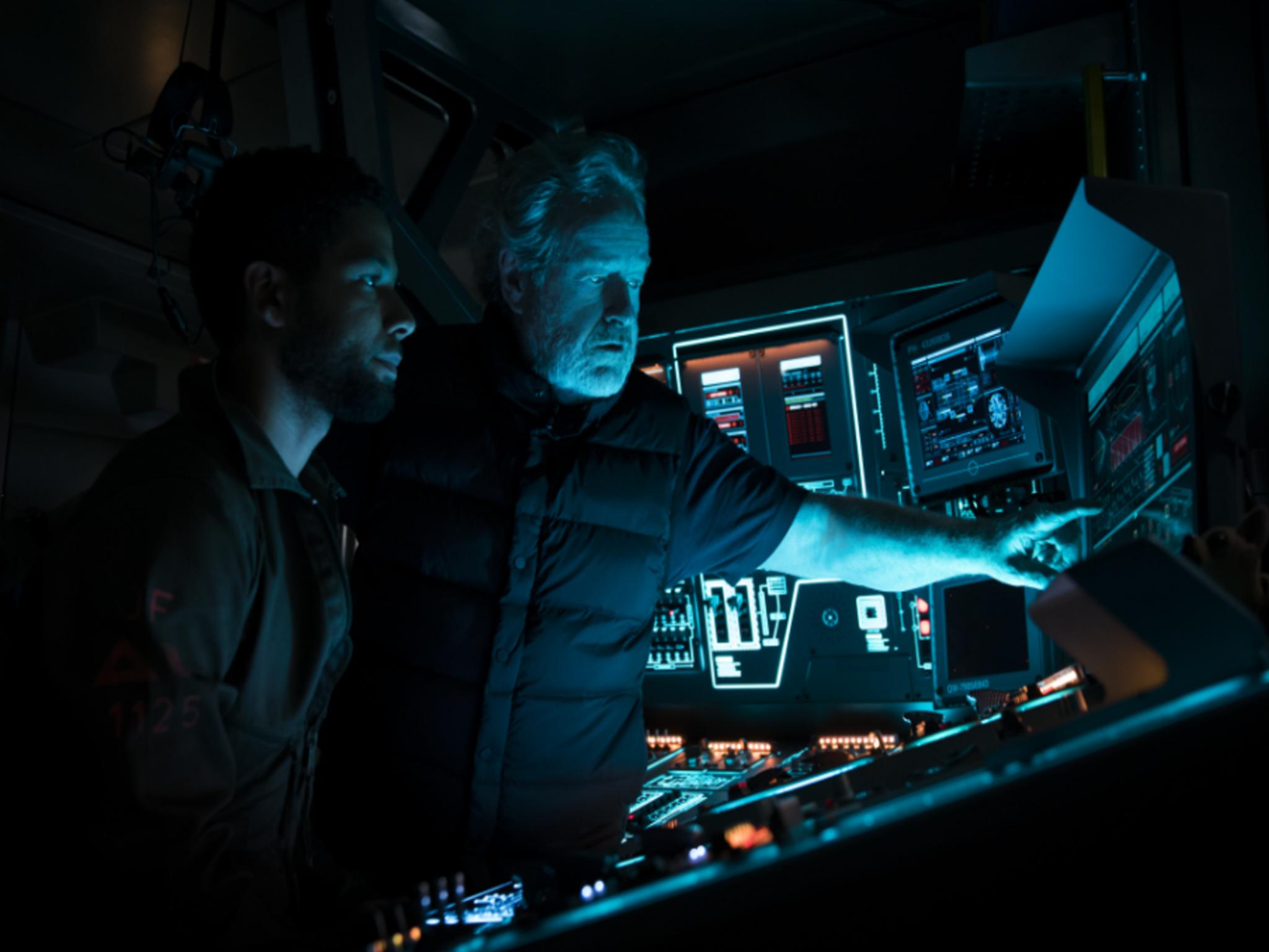 Foto del director Ridley Scott en la filmación de Alien Covenant