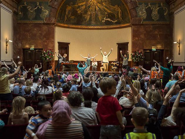 (Chamber Tots Jamboree for schools at Wigmore Hall © Benjamin Ealovega)