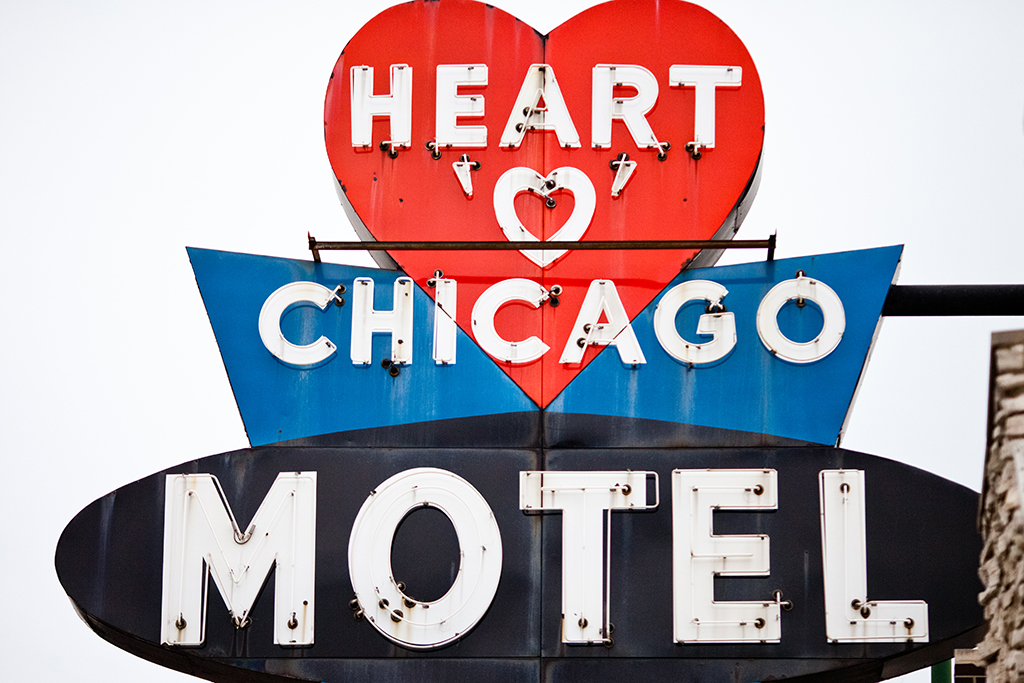 Heart O' Chicago Motel