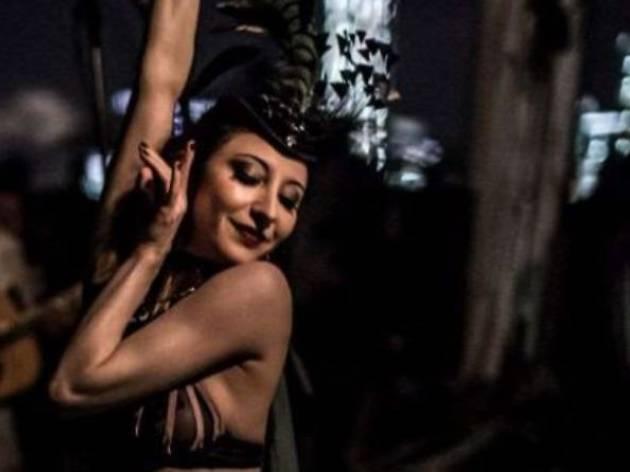 The Jigglewatts Burlesque: Violet Crown Follies