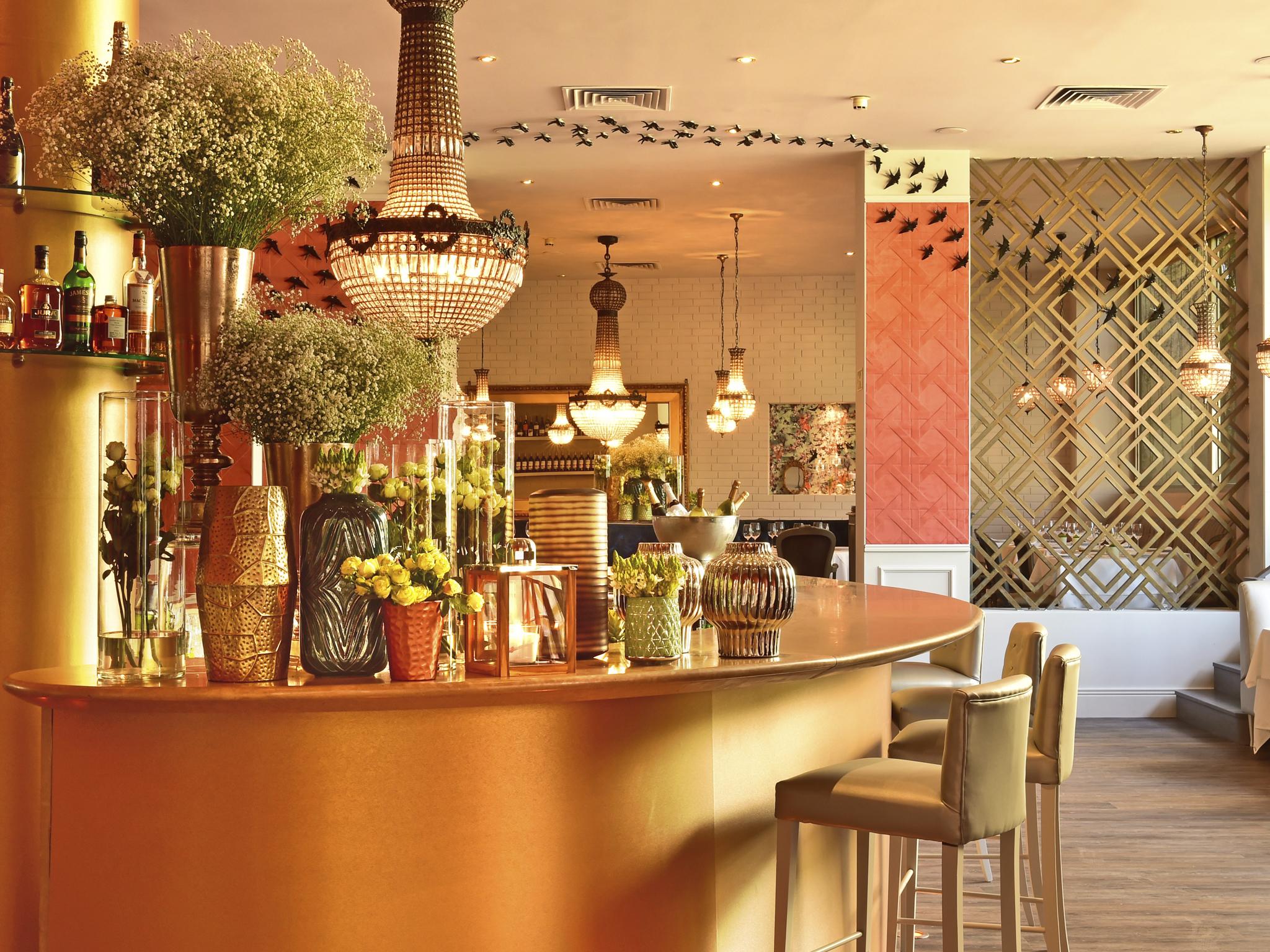 Olivier pub