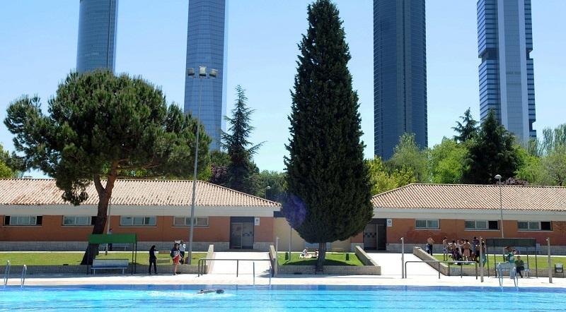 Las piscinas vuelven a abrir por San Isidro