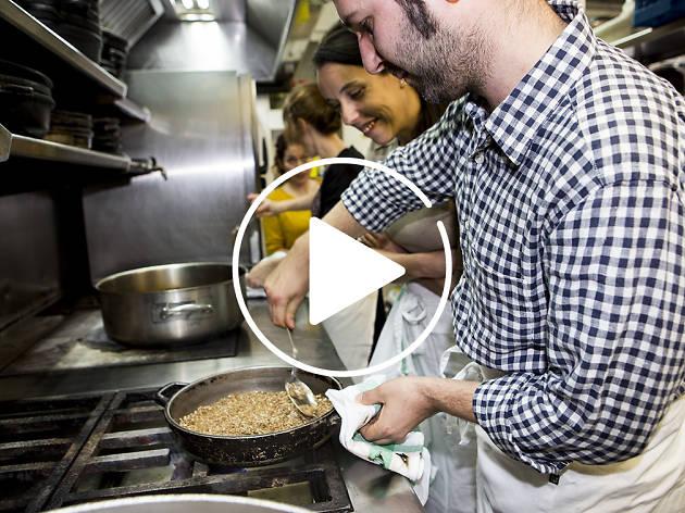 T'obrim la cuina de cinc restaurants [VÍDEO]