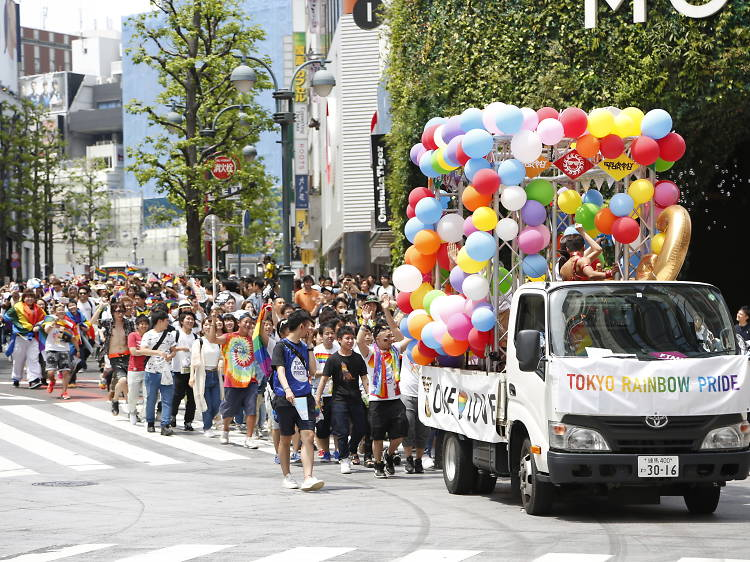 行政や企業が動きた出す、LGBTを取り巻く環境整備