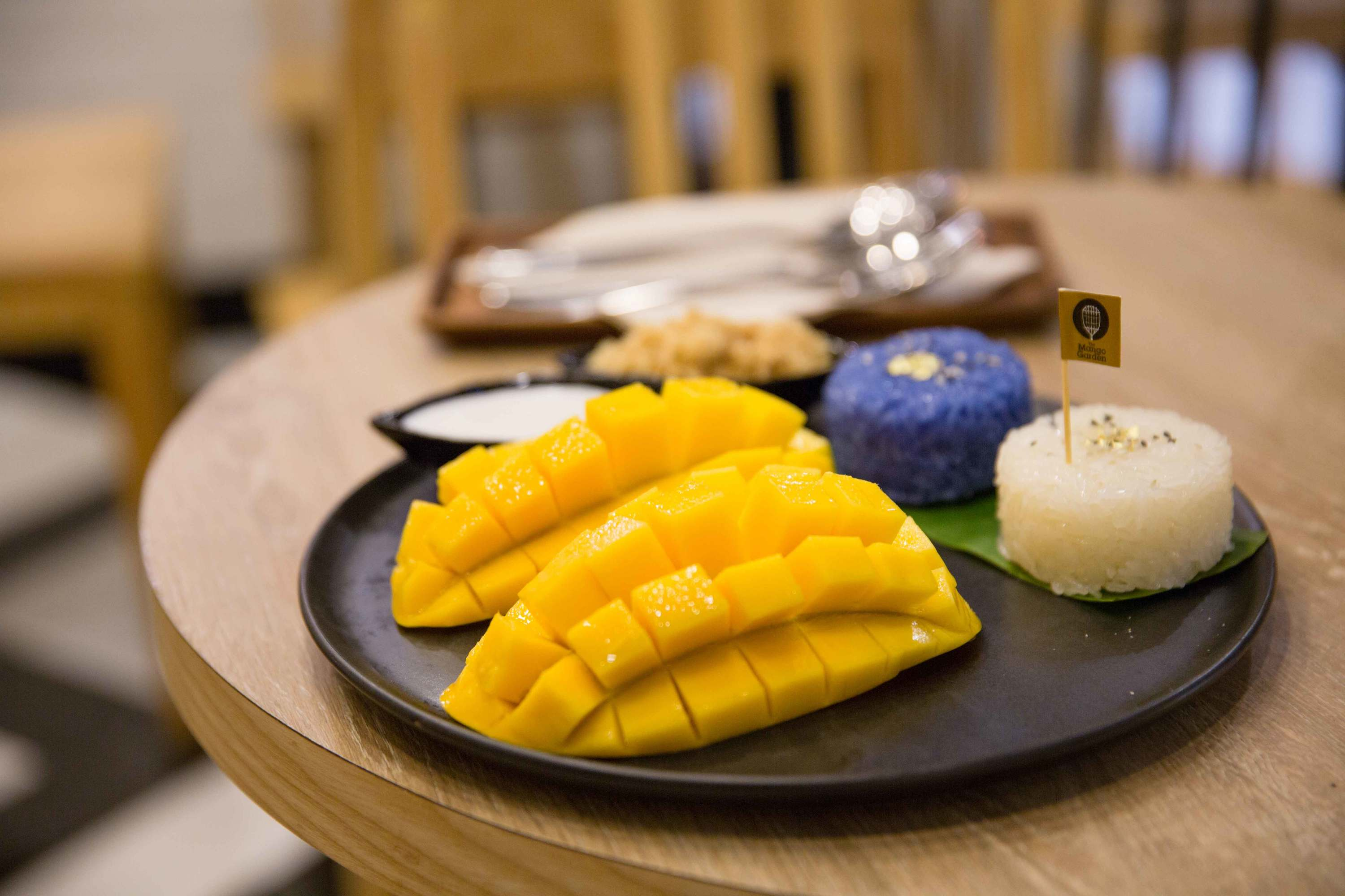 The Mango Garden, the new dessert cafe in Siam Paragon selling Mango Sticky Rice